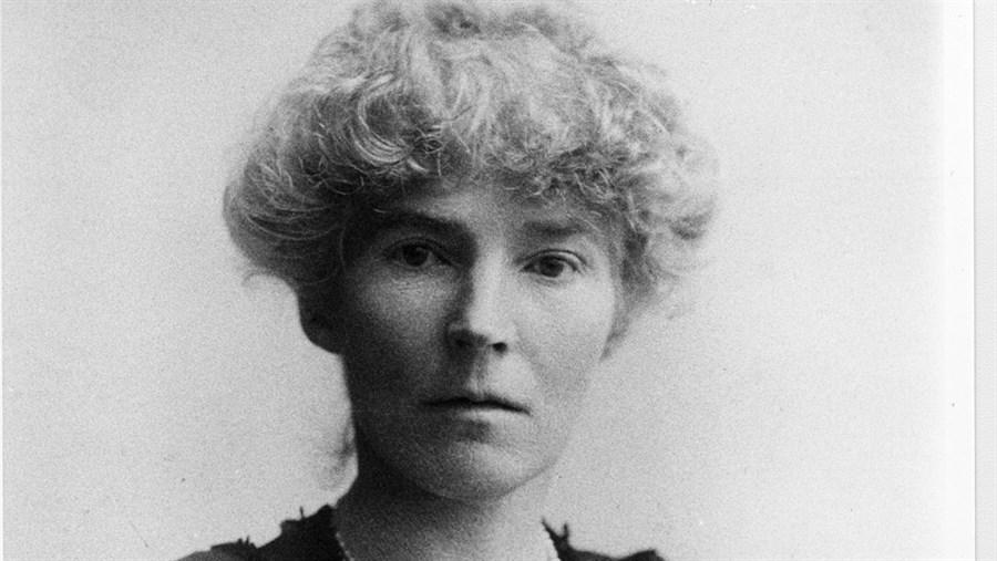 Gertrude-Bell-1921-02_AMedit2.jpg