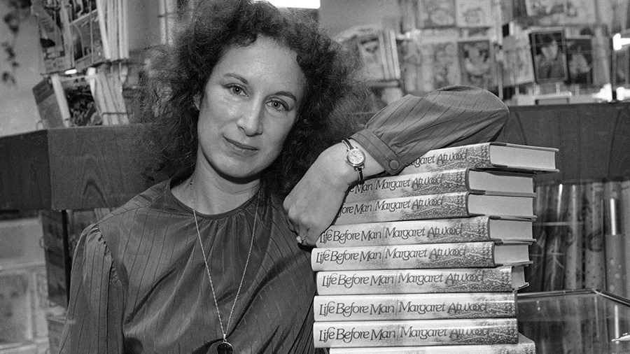 Margaret-Atwood-young.jpg